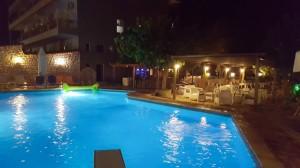 kaiafas-pool-1